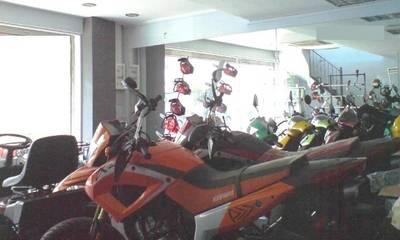 Πωλείται επαγγελματικός χώρος - κατάστημα 190 τ.μ. στην Αμαλιάδα