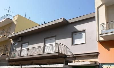 Πωλείται ανακαινισμένο διαμέρισμα 112 τμ στο κέντρο της Καλαμάτας