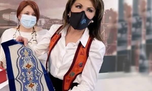Τι γυρεύει η Γιάννα Αγγελοπούλου - Δασκαλάκη στο Γεράκι Λακωνίας;