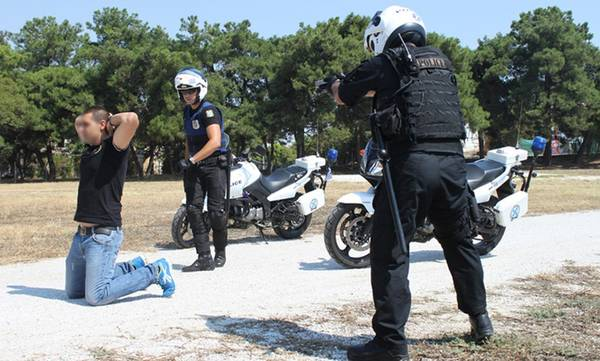 97 συλλήψεις στο «φαράσι» της ΕΛΑΣ στην Πελοπόννησο!
