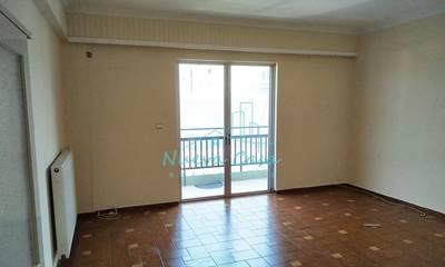 Ενοικιάζεται διαμπερές διαμέρισμα 90τ.μ. στην Πάτρα