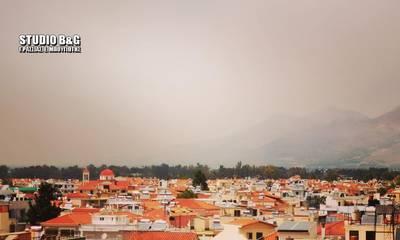 Ο καπνός από την φωτιά της Κορινθίας πνίγει την Αργολίδα (photos)