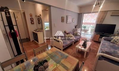 Πωλείται διαμέρισμα 45τμ με άμεση πρόσβαση σε παραλία στους Αγίους Θεοδώρους (Σουσάκι)