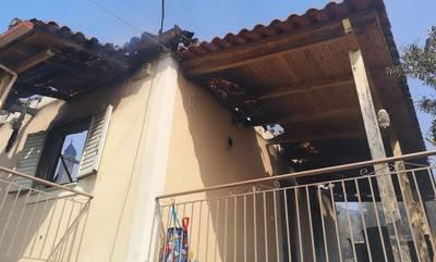 Μεγάλη φωτιά στην Πάτρα: Καίγονται σπίτια - Εκκενώθηκαν Σούλι και Ρυάκι (photos - videos)