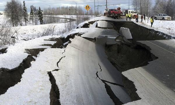 Σεισμός 8,2 Ρίχτερ στην Αλάσκα - Φόβοι για τσουνάμι