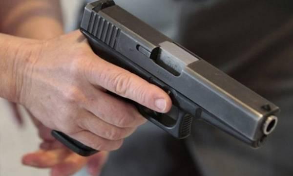 Μάνη: Πήγε στην ταβέρνα με το πιστόλι στη ζώνη, έριξε, αστόχησε και τελικά συνελήφθη!
