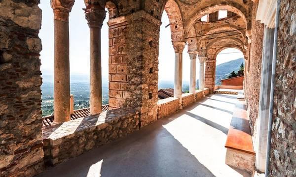 Κλειστοί το μεσημέρι αρχαιολογικοί χώροι στη Λακωνία λόγω καύσωνα