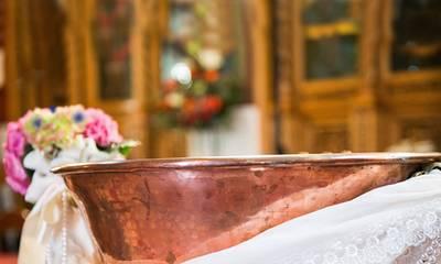 Νεάπολη: Έγινε βάπτιση με καλεσμένους και μετά η οικογένεια βρέθηκε θετική στον κορονοϊό!