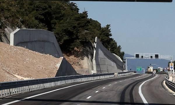 Πατρών - Κορίνθου: Αποκαταστάθηκε η κίνηση των οχημάτων και στα δύο ρεύματα κυκλοφορίας