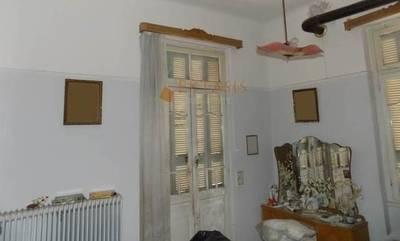 Πωλείται πέτρινη παραδοσιακή μονοκατοικία στην Τρίπολη