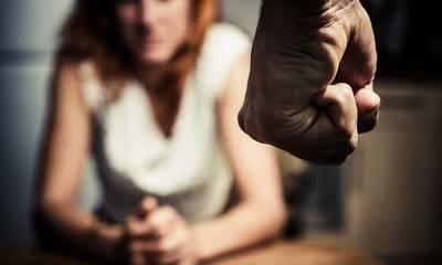 30 καταγγελίες για ενδοοικογενειακή βία το τελευταίο 24ωρο! 57 νεκρές γυναίκες σε 6 χρόνια!