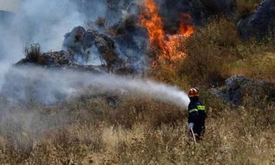 Μεσσηνία: Φωτιά τώρα στην περιοχή Μέλπεια, του δήμου Οιχαλίας