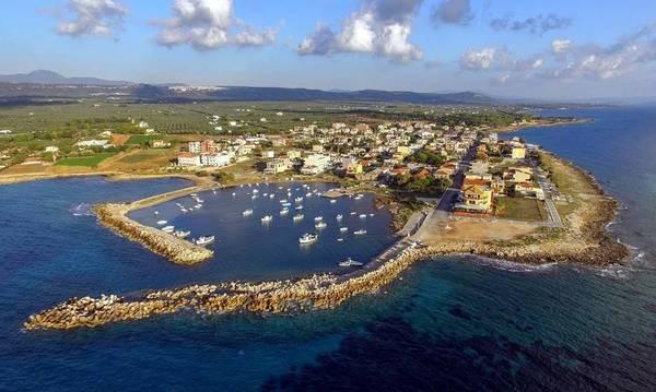 Λαϊκή Συσπείρωση: Λιμάνι Κυπαρισσίας = Γεφύρι της Άρτας!