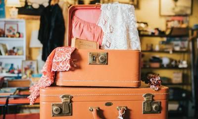 6 τρόποι να χωρέσετε τα ρούχα σας σε μία βαλίτσα