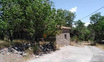 Πωλείται οικόπεδο 275 τμ στον οικισμό Μερκοβούνι στην Τρίπολη