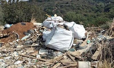 Μαρουδάς: Καθαρίστε τις ανεξέλεγκτες χωματερές του Δήμου Ευρώτα, κύριε Βέρδο! (photos)