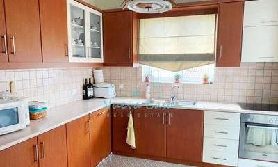 Πωλείται γωνιακό διαμέρισμα 105τ.μ. στην Πάτρα