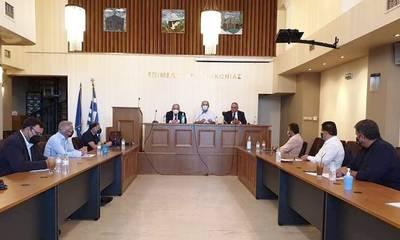 Σύσκεψη Επιμελητηρίων και ΓΣΕΒΕΕ για τη στήριξη πυρόπληκτων αγροτών και επιχειρήσεων της Μάνης