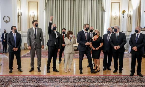 Ανασχηματισμός: Ορκίστηκαν τα νέα μέλη της κυβέρνησης