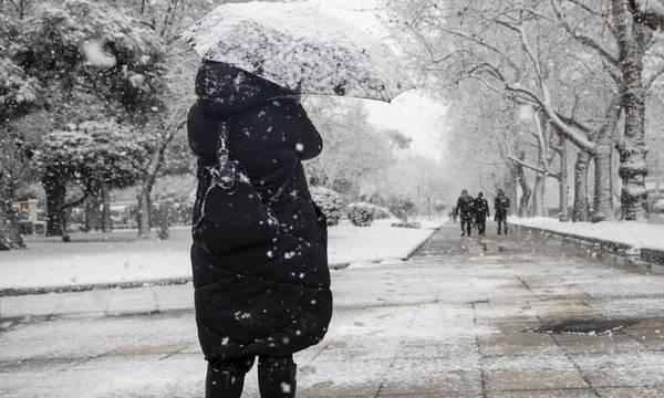 Έρχεται «βαρύς» χειμώνας- Τι προβλέπουν τα μερομήνια για το 2021-2022
