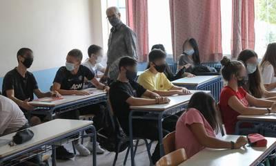 Zέττα Μακρή: «Δεν θα κλείνει το σχολείο με ένα κρούσμα»