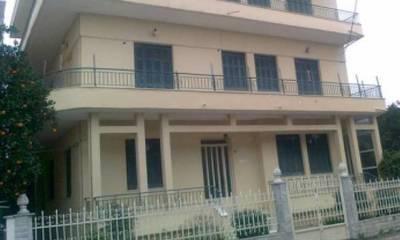 Πωλείται κτίριο 3 οροφοδιαμερίσματα στη Μαγούλα Σπάρτης