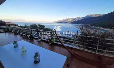 Πωλείται μονοκατοικία 230τ.μ. με φανταστική θέα θάλασσα στο Λουτράκι