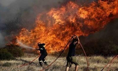 Κορινθία: Φωτιά στην περιοχή Βλασαίικα