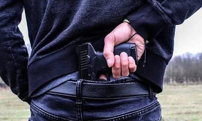 Πάτρα: «Μπράβοι» γλεντούν και τραβούν όπλο όταν έρχεται ο λογαριασμός!