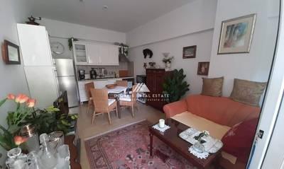 Πωλείται διαμέρισμα 29τμ με 15τμ αυλή στο Λουτράκι
