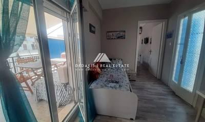 Πωλείται ανακαινισμένο διαμέρισμα 35τμ στο Λουτράκι