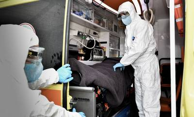 Κορονοϊός: 2.322 νέα κρούσματα και 42 θάνατοι το τελευταίο 24ωρο