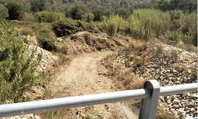 Συνεχίζονται οι καθαρισμοί των ρεμάτων στα πυρόπληκτα του Δήμου Ανατ. Μάνης