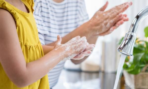 «Χέρια Καθαρά -Μικρόβια Μακριά» σε Σπάρτη κι Ελαφόνησο