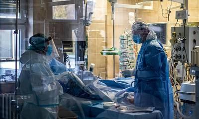 Κορονοϊός: 2.232 νέα κρούσματα, 326 διασωληνωμένοι, 33 θάνατοι