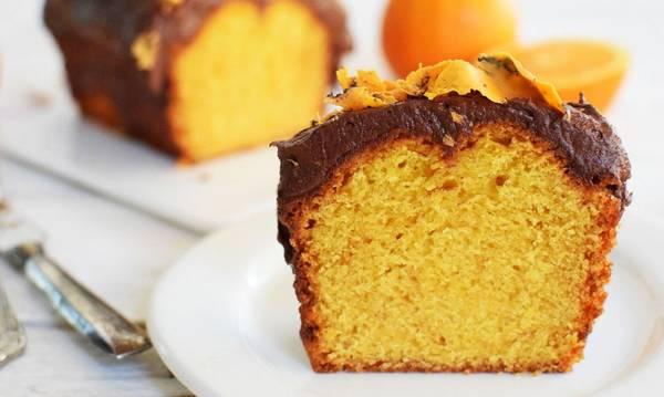 Υγρό κέικ πορτοκαλιού