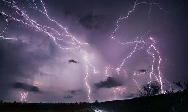 Καιρός – Έκτακτο δελτίο:  Έρχεται η κακοκαιρία «Αθηνά» με ισχυρές βροχές και καταιγίδες