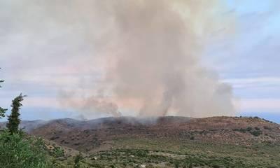 Υπό μερικό έλεγχο η φωτιά στην Ανατολική Μάνη