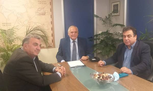 Συνάντηση δημάρχου Πύργου με τον πρόεδρο και τον διευθύνοντα σύμβουλο της Ε.Ε.Τ.Α.Α.
