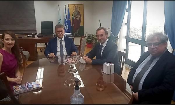 Στο Δημαρχείο Κορίνθου ο Πρέσβης της Τσεχικής Δημοκρατίας