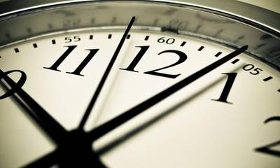 Αλλαγή ώρας 2021: Πότε γυρνάμε τα ρολόγια μας μια ώρα πίσω -  Η επίσημη ανακοίνωση του Υπουργείου