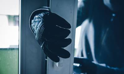 Απογοητευμένος κλέφτης άφησε σημείωμα σε σπίτι – «Τι κλειδώνετε εφόσον δεν έχετε λεφτά»