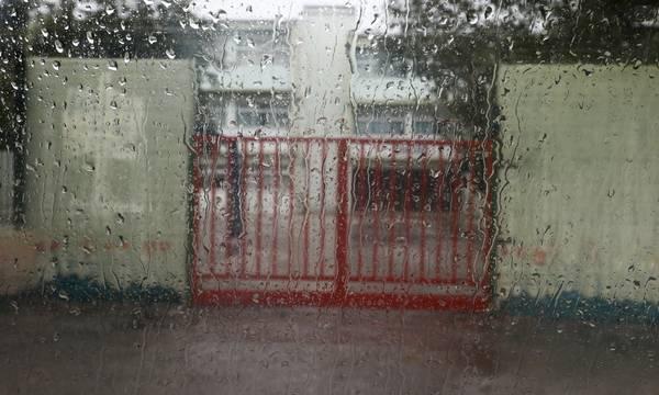 Κακοκαιρία «Μπάλλος»: Κλειστά σχολεία σήμερα 15/10 σε νομούς της Πελοποννήσου