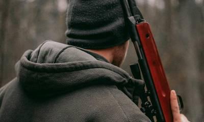 Τραγικό! Κυνηγός πυροβόλησε φίλο του στο κυνήγι – Σοβαρός τραυματισμός
