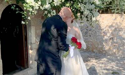 Jeffrey Thomas και Michelle Elizabeth παντρεύτηκαν στη Μονεμβασία! (photos)