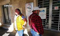 Διαμαρτυρία αγροτών στο κατάστημα της ΔΕΗ στο Ναύπλιο (photos)