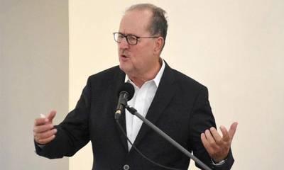 «O Π. Νίκας πούλησε φύκια για μεταξωτές κορδέλες στους αγρότες της Αργολίδας»