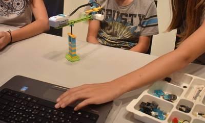 Ενδιαφέρον! Εργαστήρια εκπαιδευτικής ρομποτικής και STEM στη Δημητσάνα